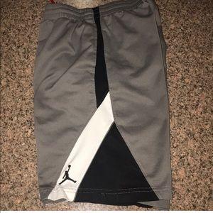 Boys Nike Jordan shorts youth medium